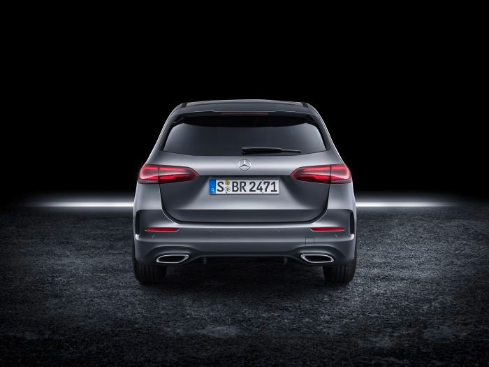 D531242-The-new-Mercedes-Benz-B-Class-More-Sports-for-the-Tourer