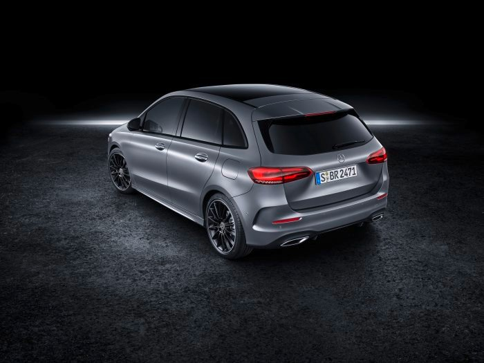 D531243-The-new-Mercedes-Benz-B-Class-More-Sports-for-the-Tourer