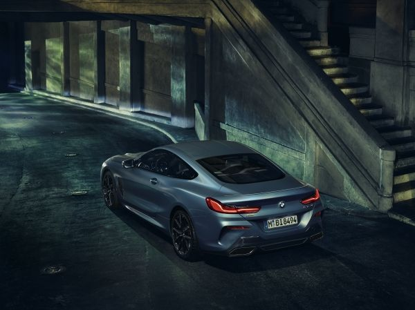 P90335193_lowRes_the-bmw-m850i-xdrive