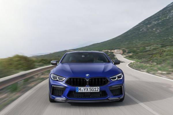 P90348764_lowRes_the-all-new-bmw-m8-c