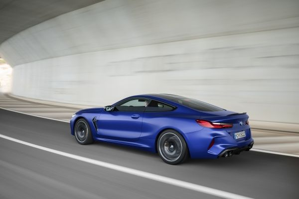 P90348768_lowRes_the-all-new-bmw-m8-c