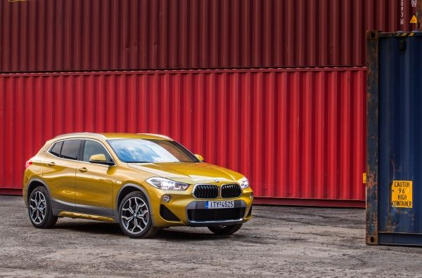 P90294491_lowRes_the-new-bmw-x2-in-at