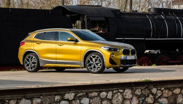 P90294492_lowRes_the-new-bmw-x2-in-at