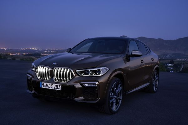 P90356703_lowRes_the-new-bmw-x6-still
