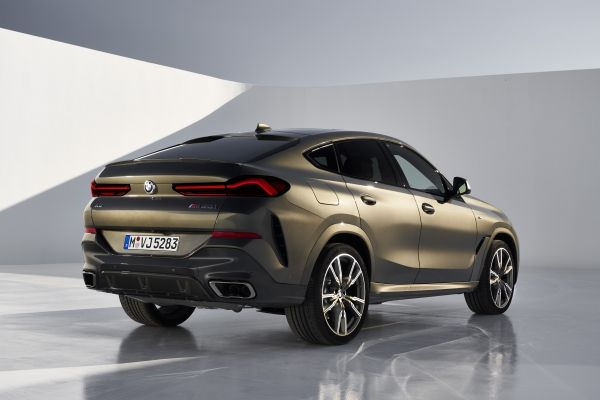 P90356711_lowRes_the-new-bmw-x6-still