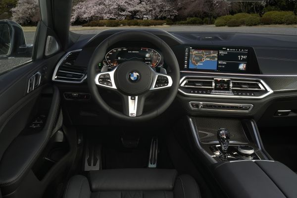 P90356715_lowRes_the-new-bmw-x6-inter